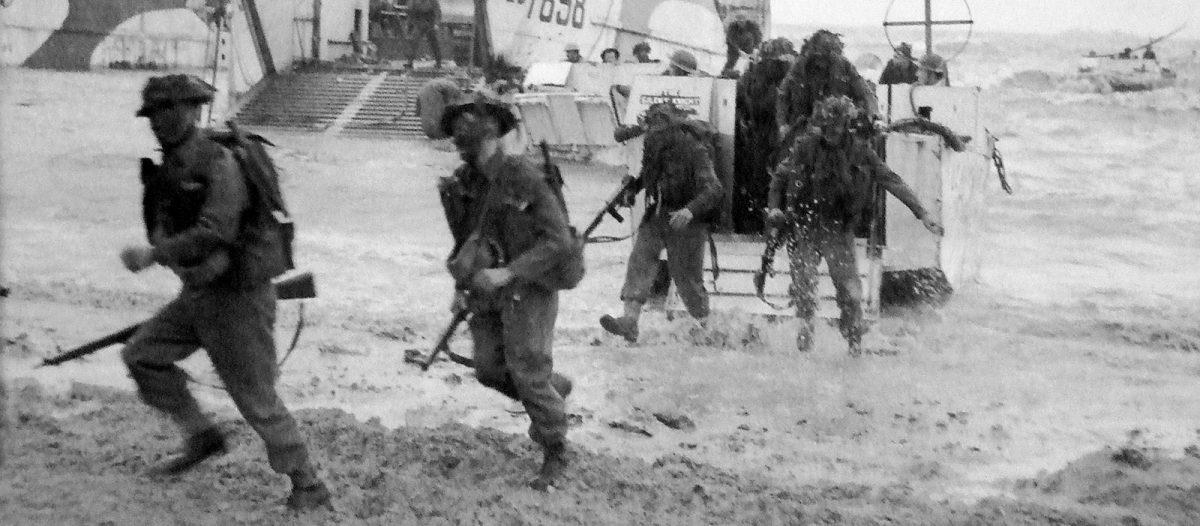 Desembarco en el sector de Gold Beach - Archivos D-Day