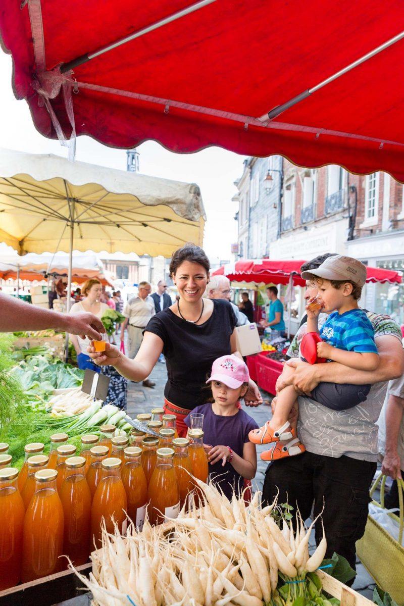 Mercado de Honfleur y productos locales